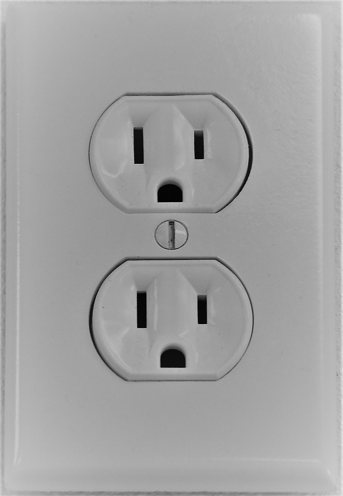 Unsafe Electrical Outlets? How Can You Tell? | Cooper Electrical ...
